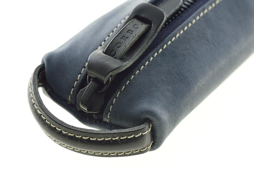 408691fe6a60 ケース内には、通常のペン類が約7~8本程収納可能。 程好い容量が備わっております。 皮革は次第に柔軟性を増し使い心地良く、手に馴染んでいきます。